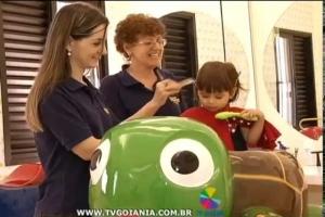 Reportagem Pirralhos Cabeleireiros: Salão de beleza especializado no públic