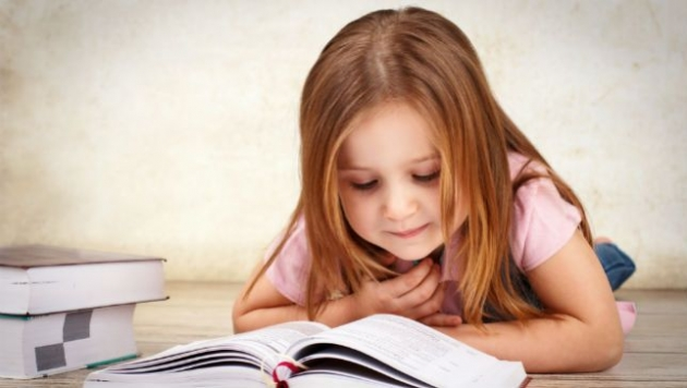 Mãe ensina maneira genial de incentivar os filhos a ler ao invés de ficar só na internet